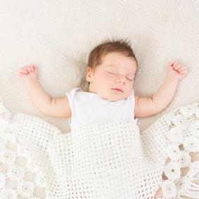 Your newborn baby's sleep patterns